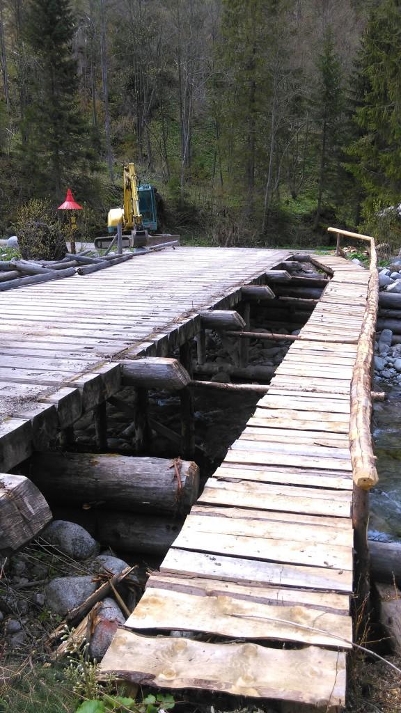 most ponad javorinku